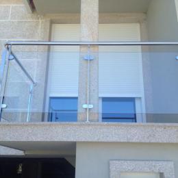 Balcón inox-vidrio